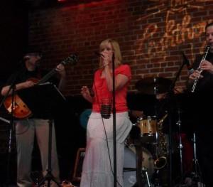 Donna Deussen - Jazz Vocalist